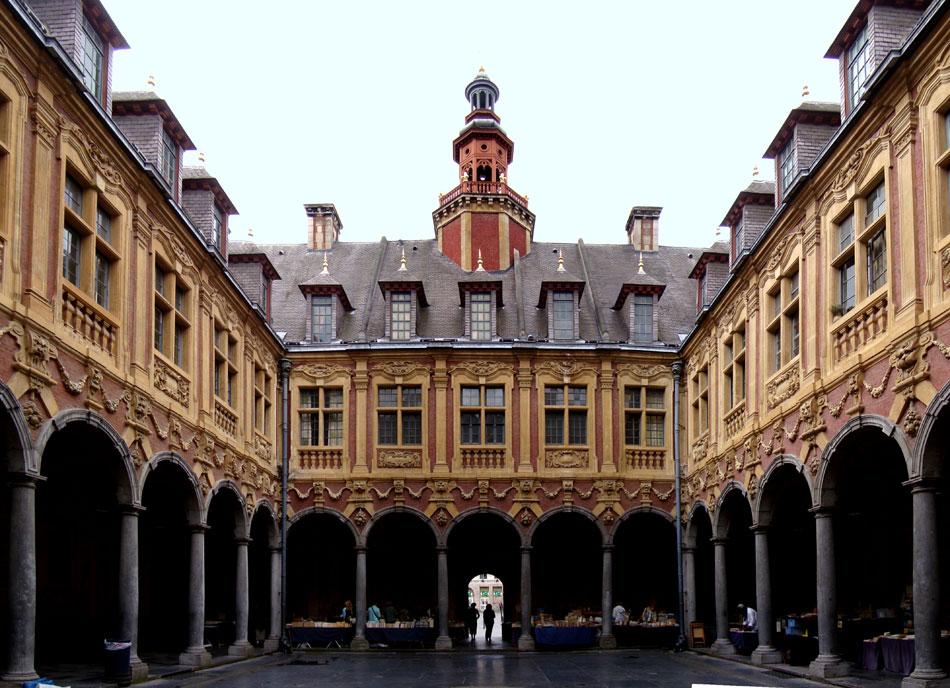 Immobilier vieux lille l 39 agence de lille agence for Au dela du miroir lille