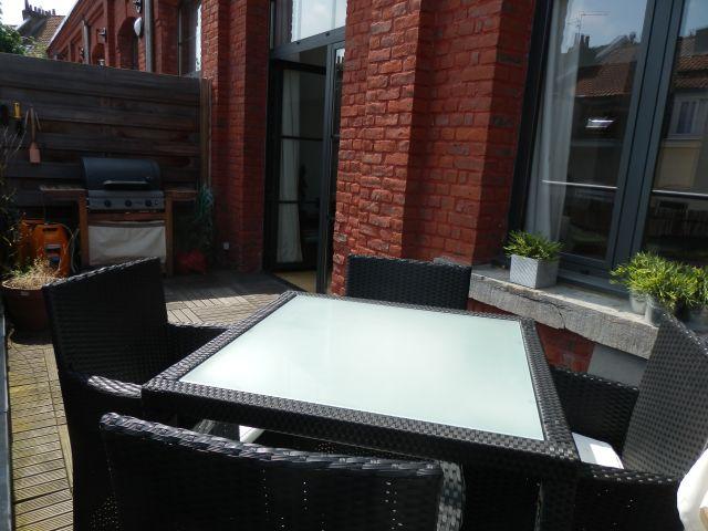 Appartement sur lille lille vauban loft avec terrasse for Studio meuble vieux lille