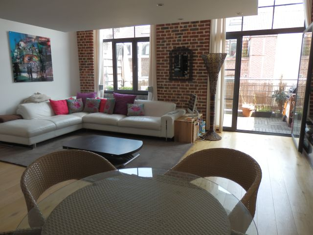 appartement sur lille lille vauban loft avec terrasse et parkings. Black Bedroom Furniture Sets. Home Design Ideas
